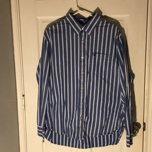 American Eagle Casual Button Down Shirt